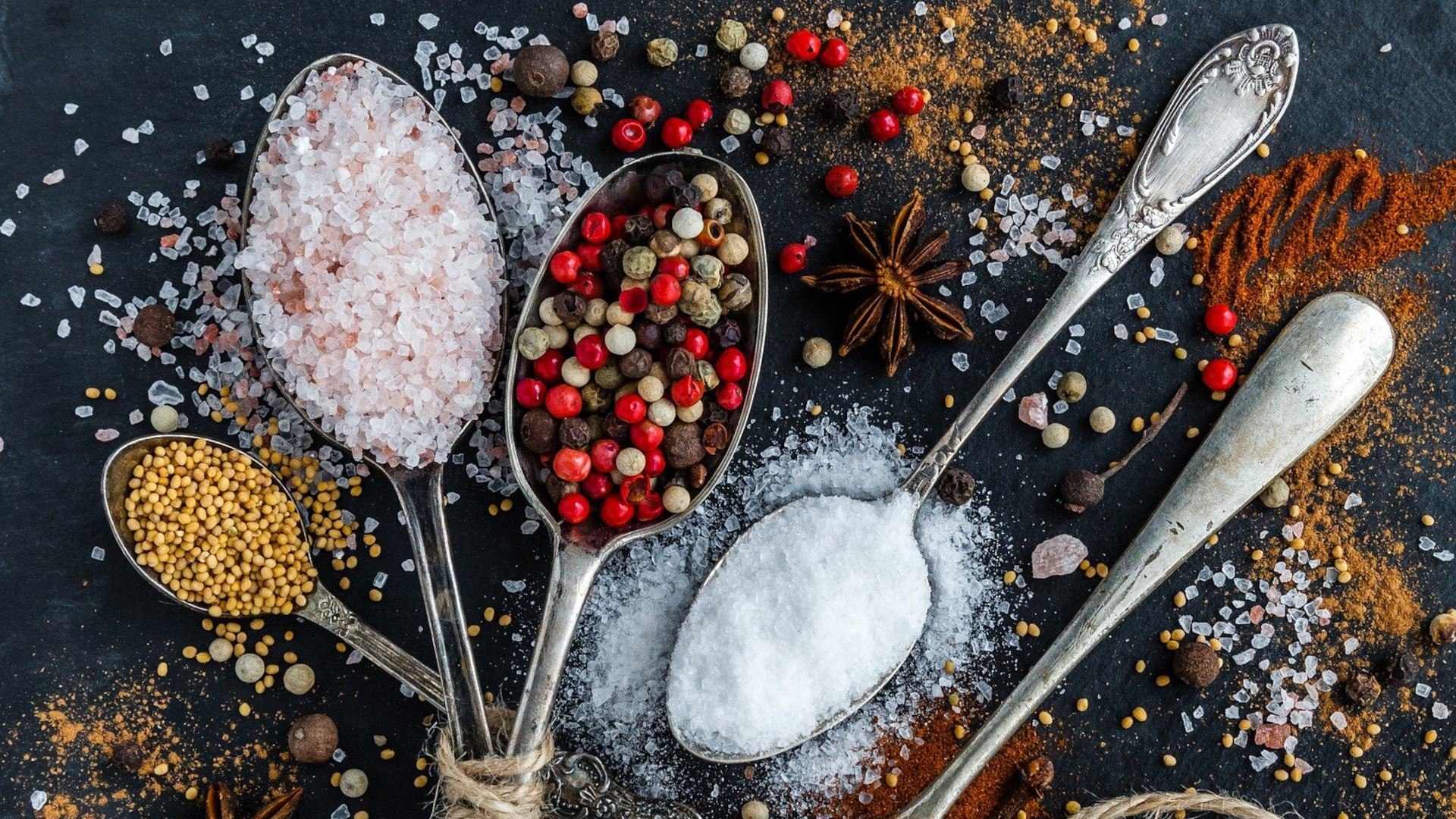 Epices, poivres, baies et sels du monde - Choix d'excellence - Parlapapa