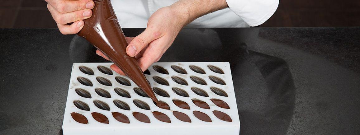 Moulage de bonbons au chocolats